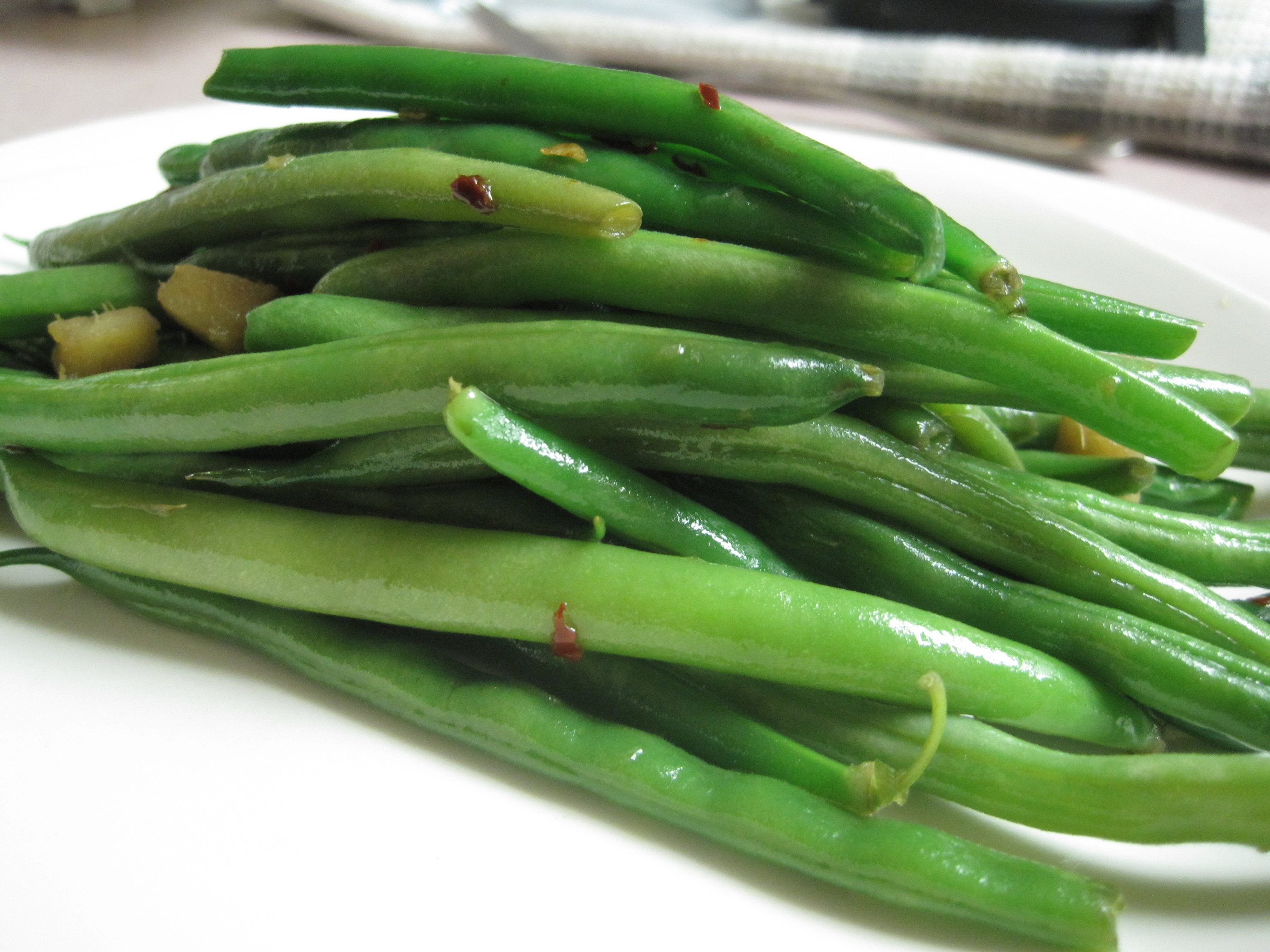 Spicy Sesame Green Beans - These Things I Love