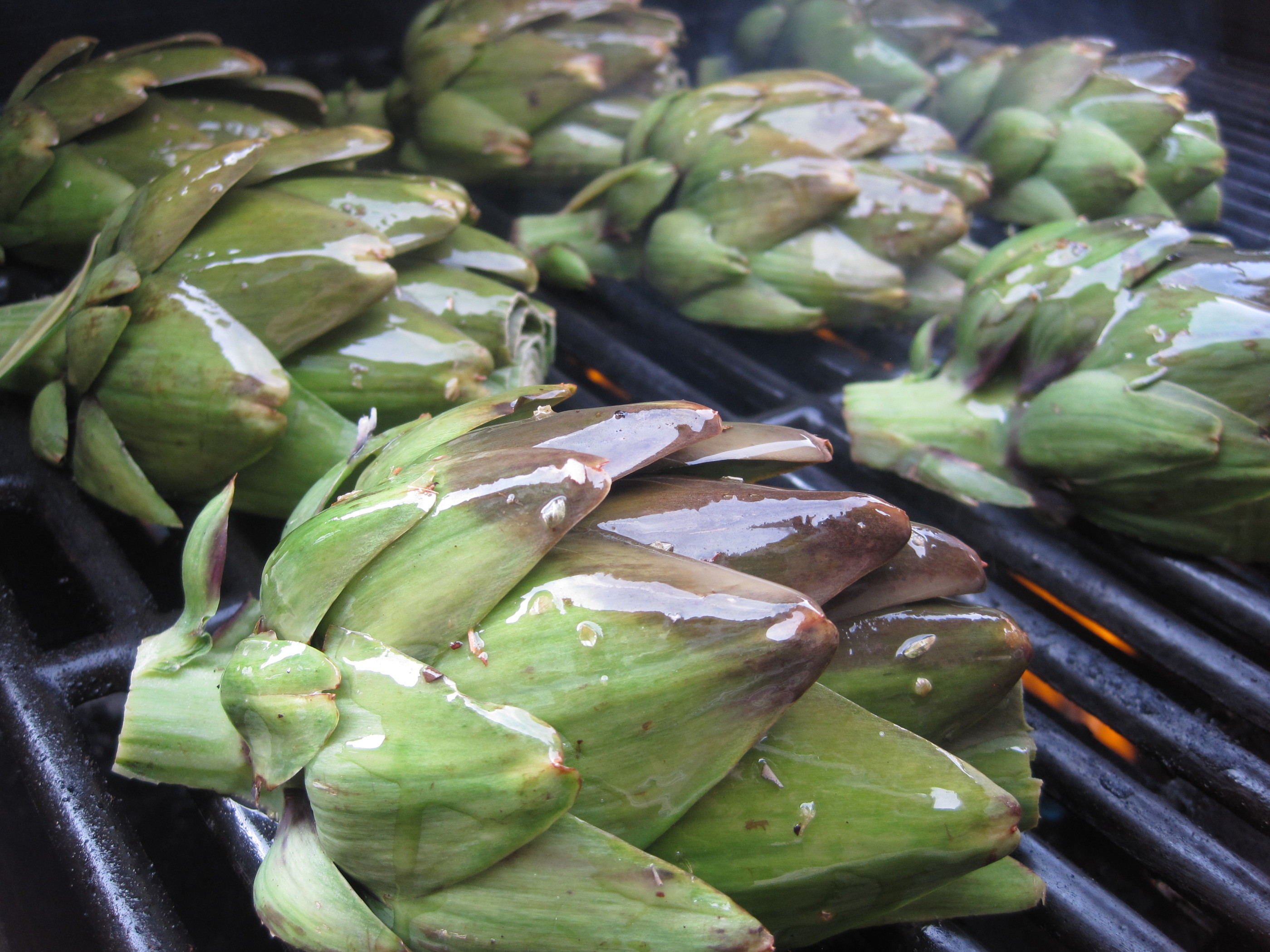Grilled Garlic Artichokes with Dipping Sauce